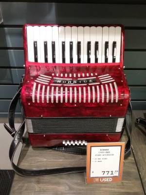 Hohnica 1303 Piano Accordion - 26 Keys/12 Bass - Red