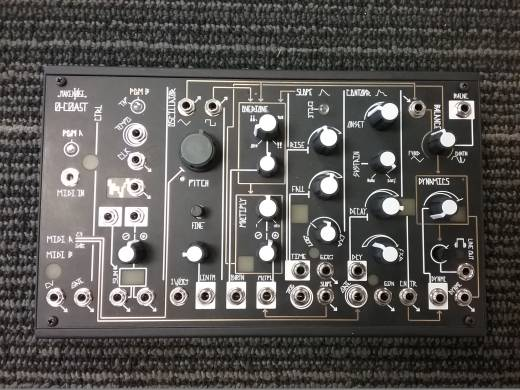 MAKE NOISE 0-COAST SINGLE VOICE SYNTH