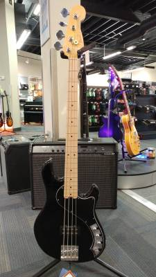 FENDER AM DLX DIMENSION BASS