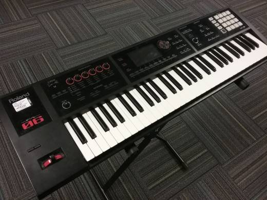 Roland FA-06 61 Key Music Workstation Keyboard