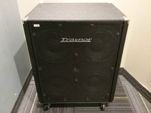 Store Special Product - Traynor 800 Watt 4x10 Bass Cabinet - 4 ohm Configuration