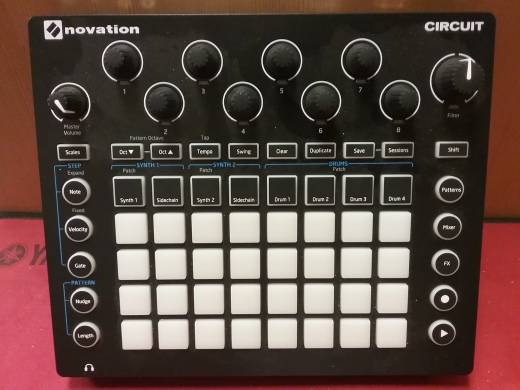 Novation Circuit - Pad Based Groove Box