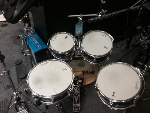 Taye Drum kit
