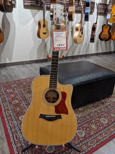 Dreadnought Sitka/Ovangkol Acoustic Electric Guitar - Cutaway