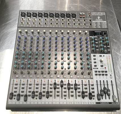 Xenyx 24 Inputs & 4/2 Bus Mixer with Effects