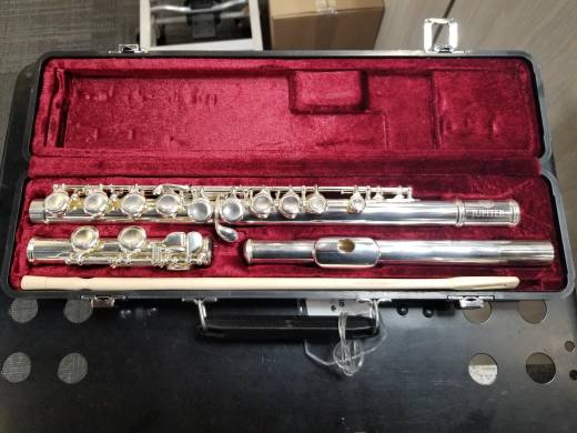 507S - Silver Plated Flute Outfit