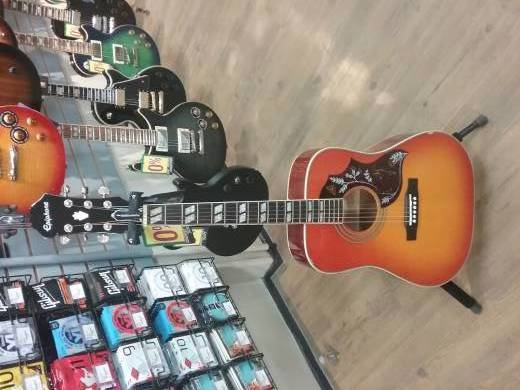 Epiphone Hummingbird Pro Acoustic/Electric