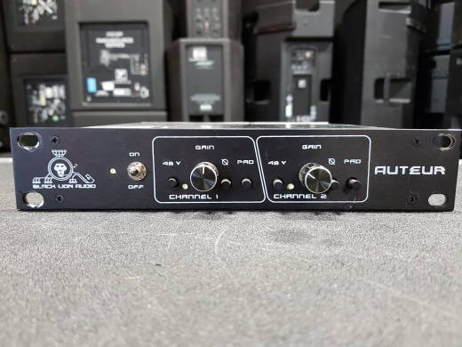 Auteur Dual Channel 1/2 Rack Microphone Preamplifier