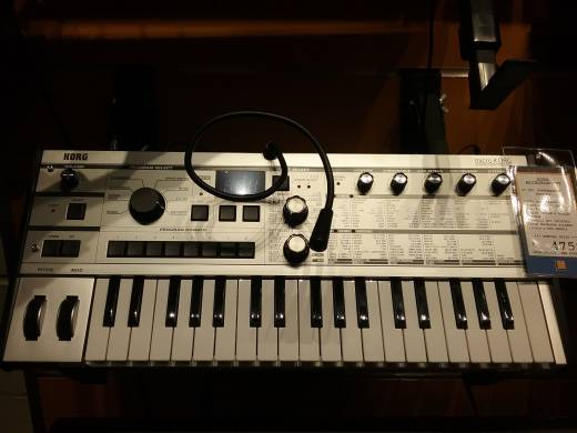 microKORG Synthsizer with Vocoder - Platinum Limited Edition
