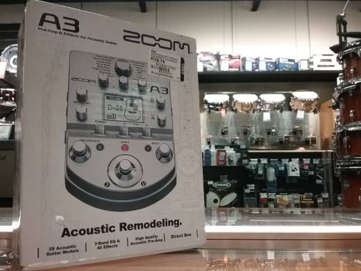 Zoom Acoustic Preamp And Effects Processor
