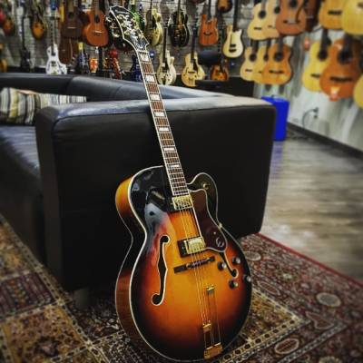 Epiphone Broadway in Vintage Natural