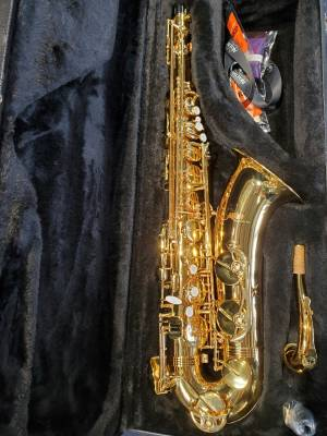 Tenor Sax Outfit