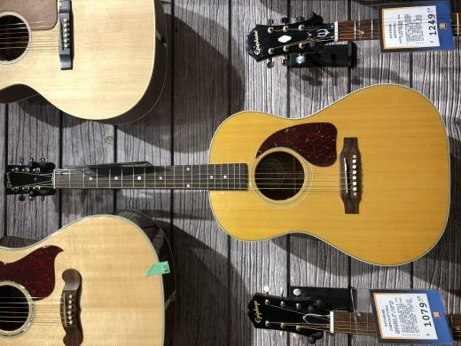 Gibson 2018 LG-2 American Eagle- Natural