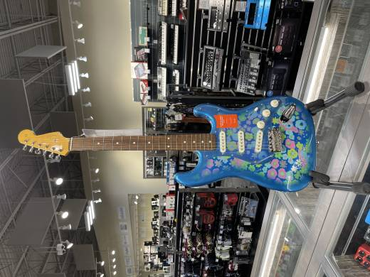 Fender Japan Traditional 60's Stratocaster- Blue Flower