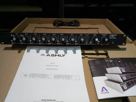 ASHLY 8 STEREO LINE INPUT MIXER