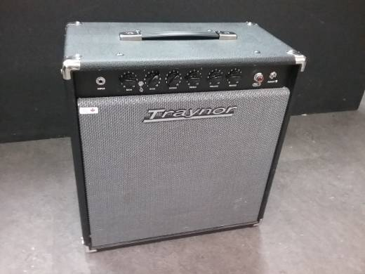 Store Special Product - Traynor GuitarMate 15 Watt All-Tube Guitar Combo Amp