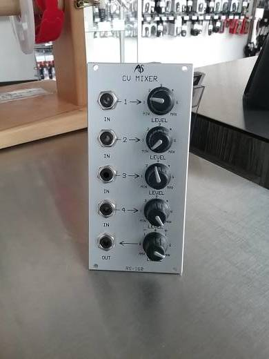 Analogue Systems RS-160 CV Mixer