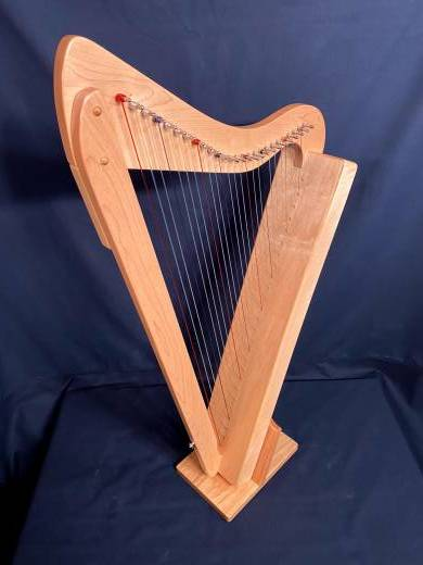 BAND: HARPSICLE 26 STRING CELTIC HARP MAPLE